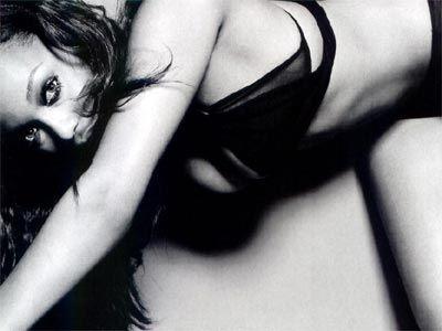Tyra Banks - 25